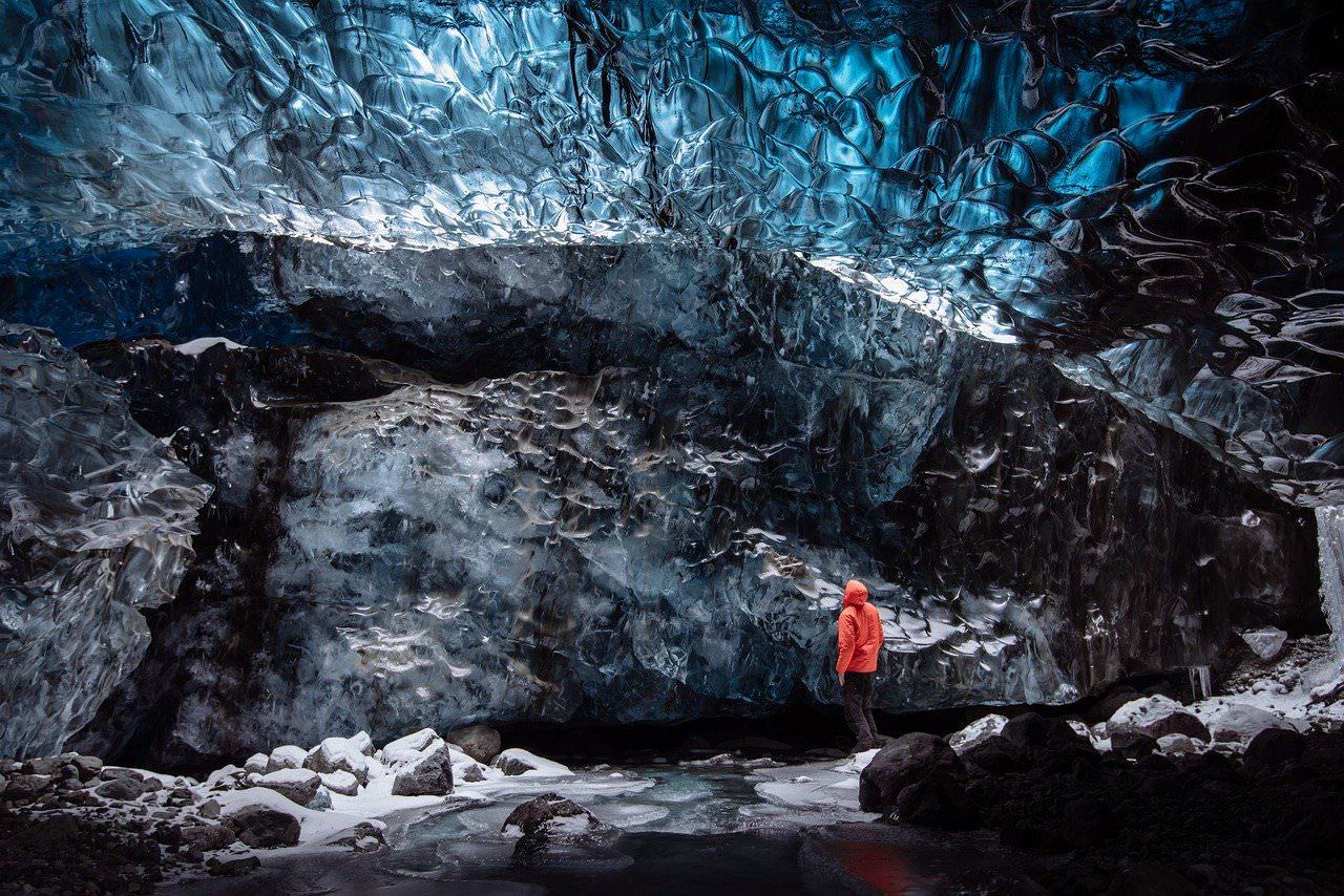 best photography spots in iceland, iceland ice caves, where are iceland ice caves at