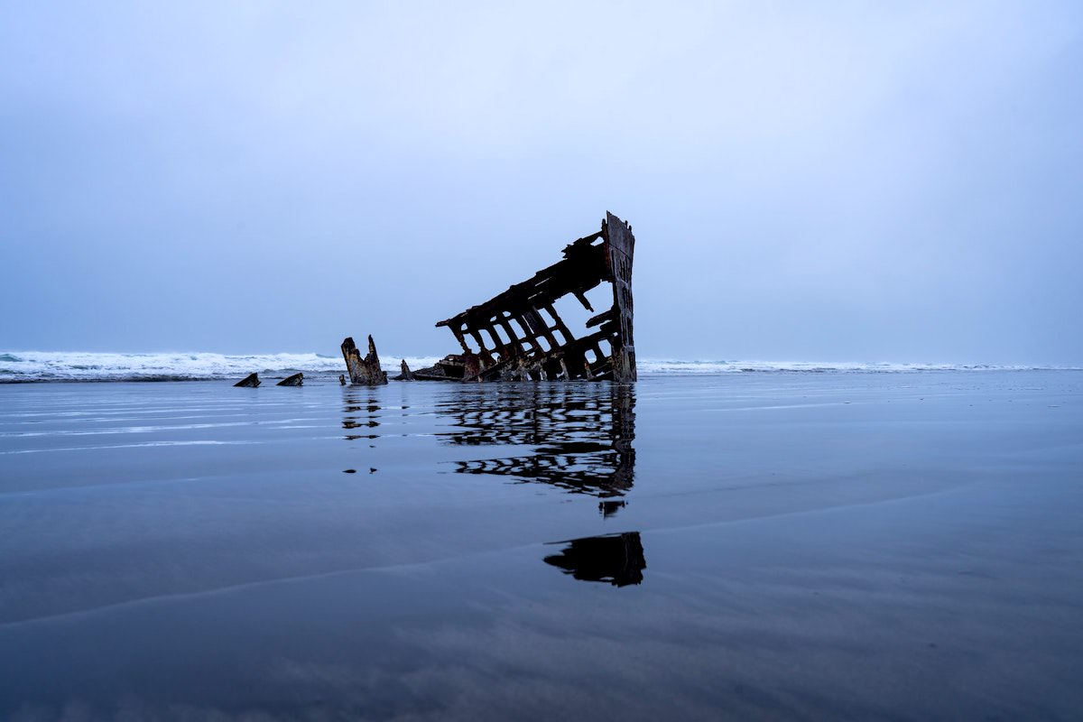 best photography spots in oregon, where is the Peter Iredale Shipwreck