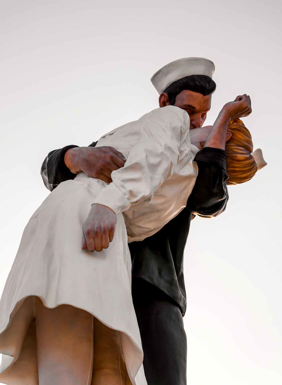 where is the sailor kissing girl statue, san diego best photography spots