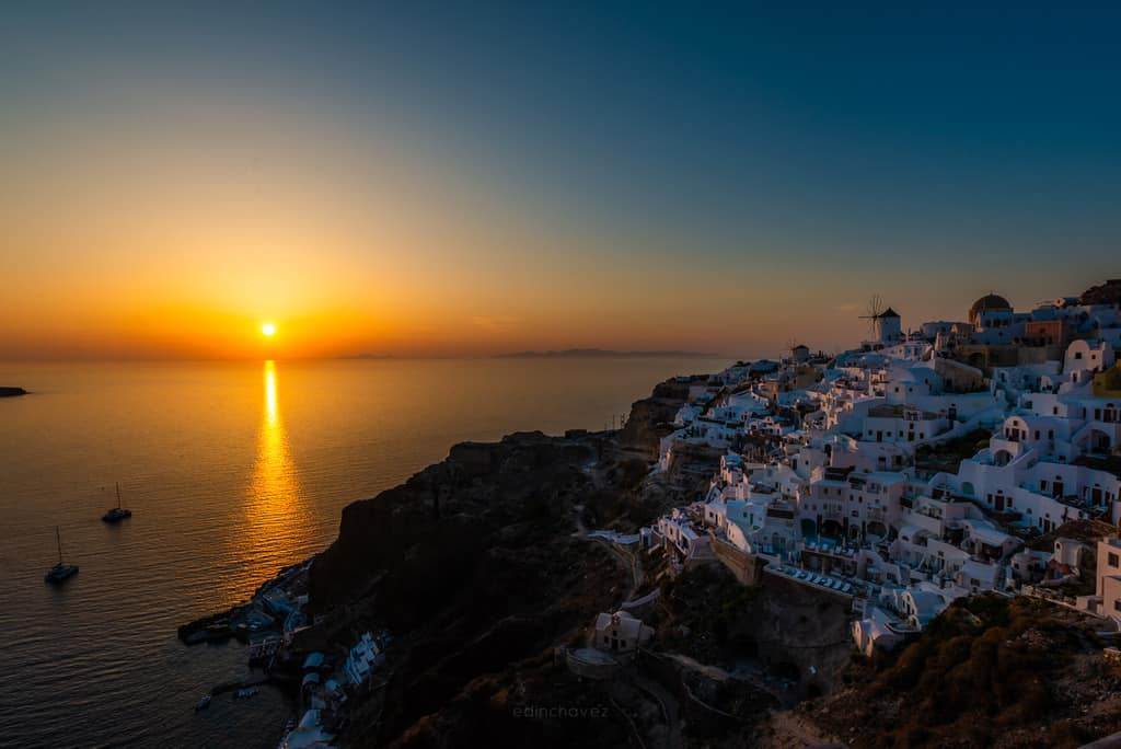best photography spots in santorini greece al oia. Santoriny typical photograph where to shoot it