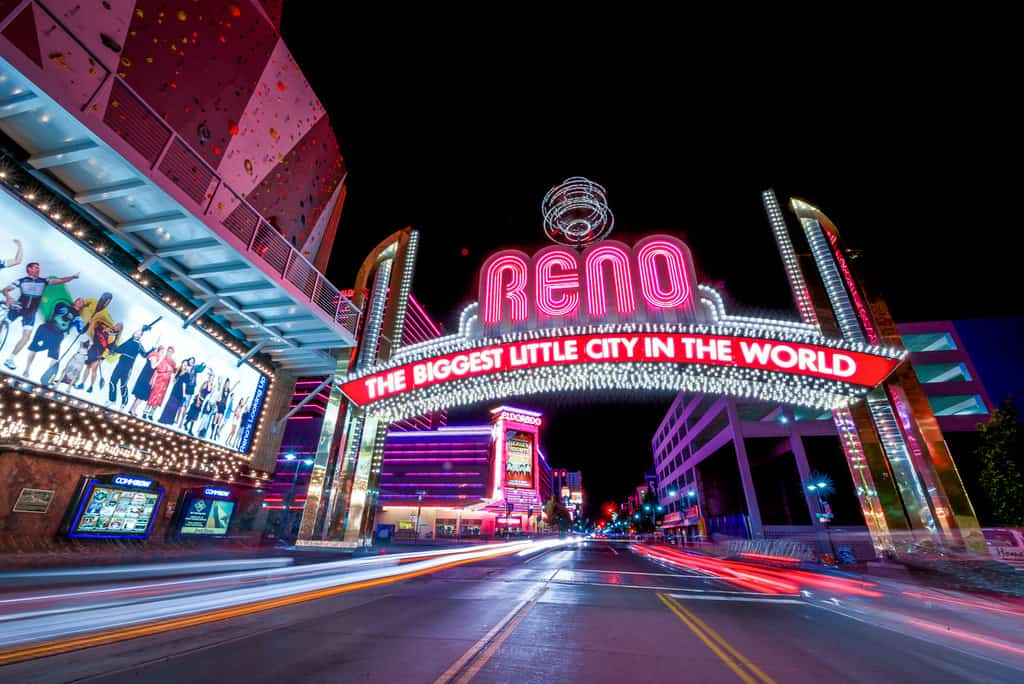 The best photography spots in reno nevada, Where is the reno nevada sing